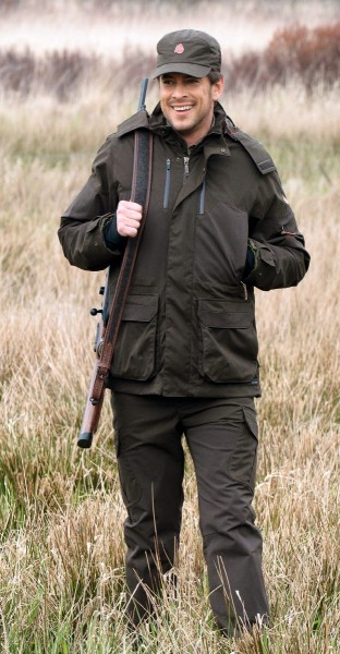 Shooterking Hose Highland - Die Highland Herrenhose von Shooterking® überzeugt mit ihrer Funktionalität und ist mit der Highland Jacke von Shooterking® eine gute Kombination für die warme Jahreszeit.